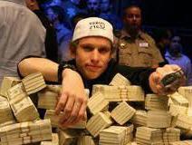 зарабатывать покером